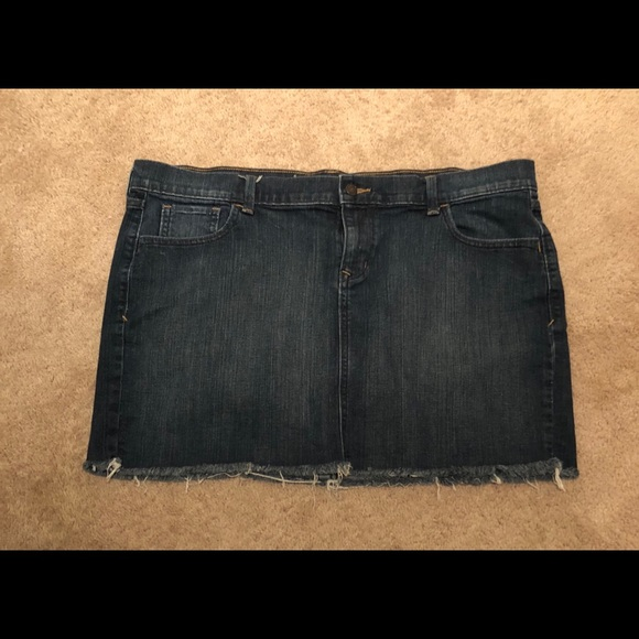 9dfa823608e Old Navy Skirts   Classic Jean Skirt Sz 18 Does Stretch   Poshmark